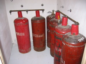 Propane tanks for gas furnace